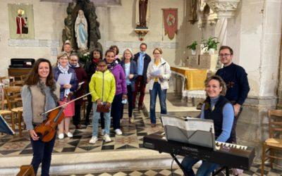 Lancement d'un groupe de répétition des chants à Brezolles